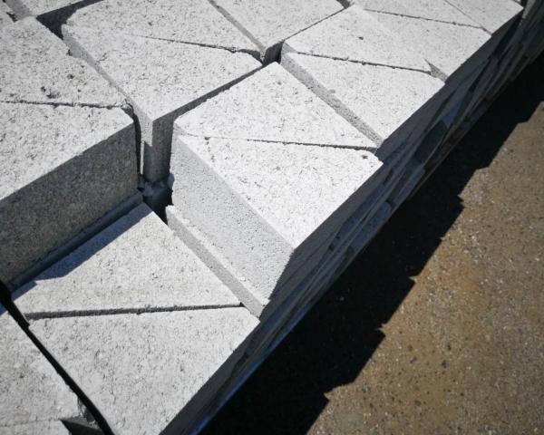 三角砖厂家